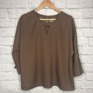 Chicos Lana Cold Shoulder 3/4 Sleeve Top Soft